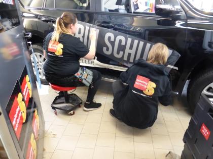 DJ Robin Schulz SUV Toyota Spiering Werbung Werbetechnik Osnabrück Autofolien