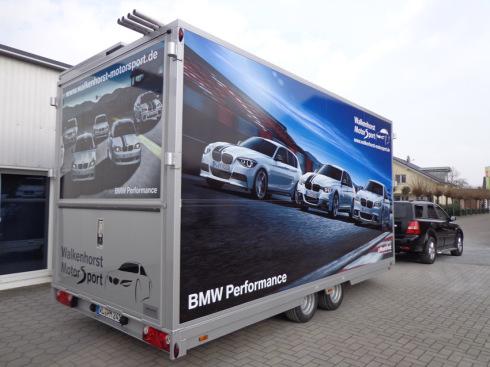 BMW Performance, Walkenhorst, Spiering Werbung, Werbetechnik, Osnabrück, Anhängerbeschriftung, Fahrzeugbeschriftung, Autobeschriftung